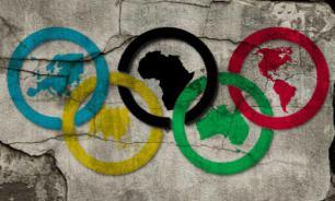 Olympic rings fall apart