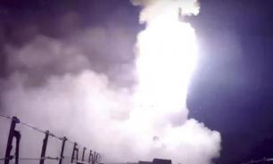 Russian warships launch cruise missiles from Mediterranean Sea. Video