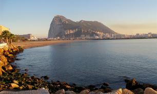What is the difference between Gibraltar and Crimea?
