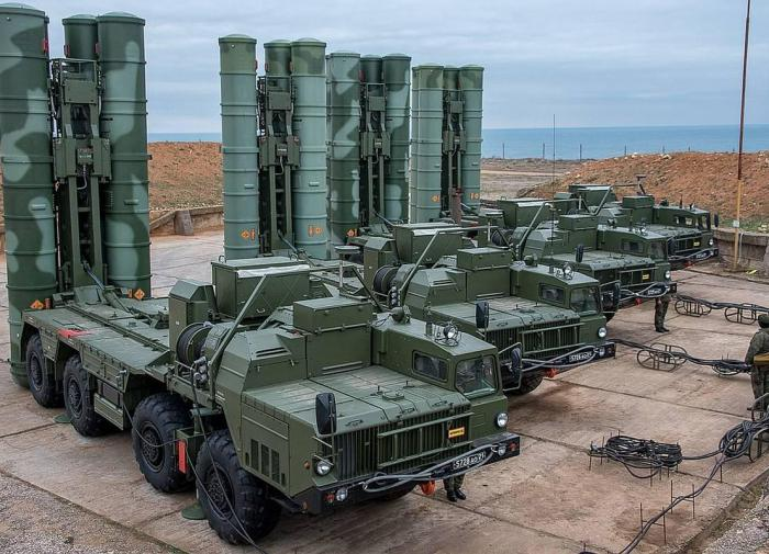 Turkey wants to build its own version of the S-400 Triumf air defense system.