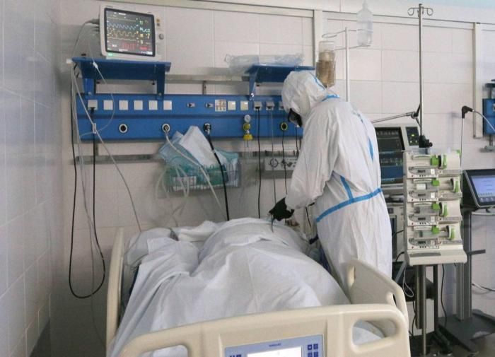 Russia records largest number of COVID-19 cases since pandemic start