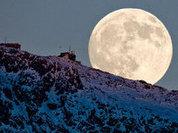 The Moon to help man explore Mars