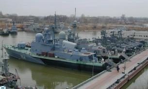 Caspian Flotilla of the Russian Navy conduct operational readiness drills