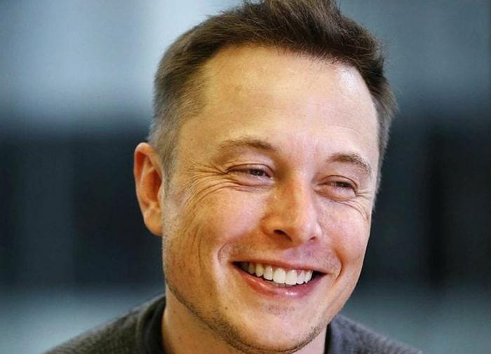 Elon Musk says Tesla will come to Russia