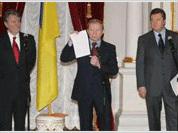 Putin makes Ukrainian crisis Russia's internal matter