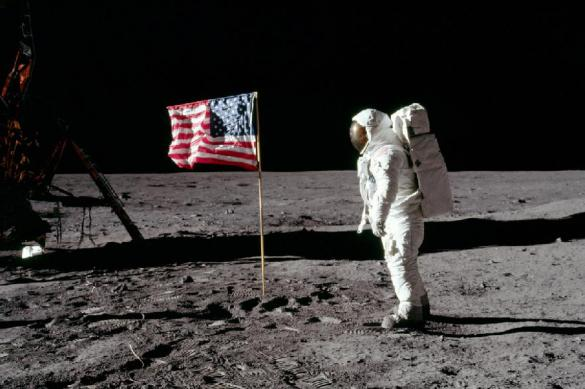 Russia won't let USA steal the Moon
