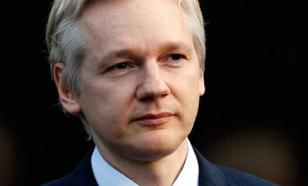 Julian Assange should have followed Edward Snowden to Russia