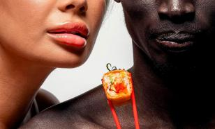 Black man, who starred in campaign for Moscow restaurants, wants to leave Russia