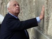Ariel Sharon too weak to win his last battle
