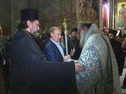 Putin kneels and prays in Jerusalem