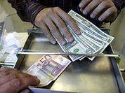Europe and USA in battle of debts