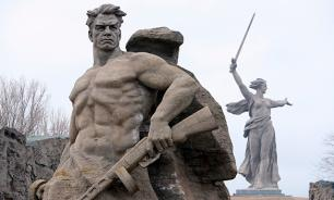 Historians still try to understand how Stalingrad could stand