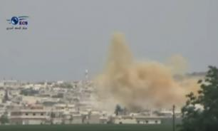 Video of US-led air strike shows explosion of warehouses with chemical weapons