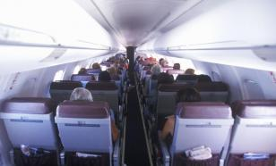 Stinky socks cause a very long fight between two male air passengers