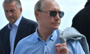 Putin discusses Donbass crisis during meeting with Ukrainian nationalist in Crimea