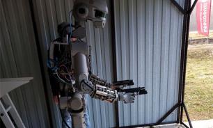 Russia's humanoid robot Fyodor frightens the West