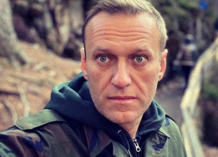What kind of welcome is Alexey Navalny going to see in Russia?
