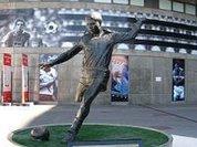 Eusebio leaves soccer world poorer