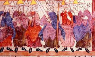 The Anglo-Saxon freak show