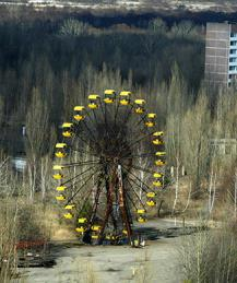 Chernobyl's Ferris wheel starts turning