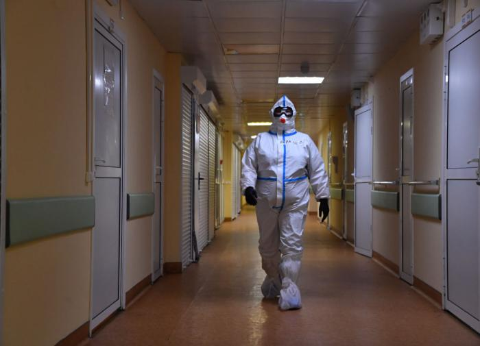 Russian authorities confirm the death of nearly 500 doctors