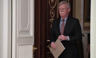 Bolton book revenge: Will Trump worry himself grеy?