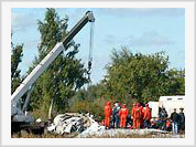 Eyewitnesses of plane crashes  find dead bodies near their homes