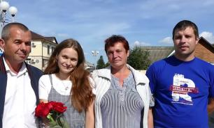 Parents reunite with daughter whom they lost 20 years ago in commuter train