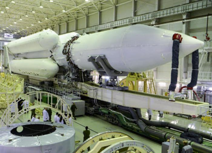 Russia's new space rocket does not fly into space, but its price does