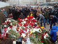 While France mourns, Hollande spews platitudes
