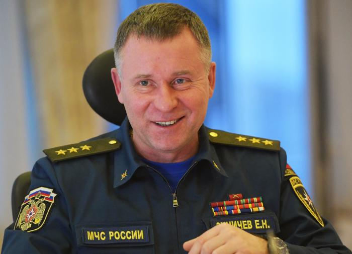 Russian Emergencies Ministry Yevgeny Zinichev dies during military exercises