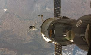 Russia and USA to build space station in Moon's orbit