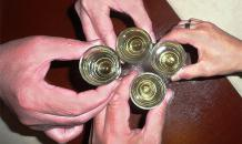 A third of Russians never drink alcohol, study says