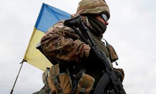 Kiev gathers troops near Crimea