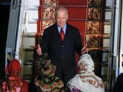 Nuland and Biden in Kiev: Host arrives