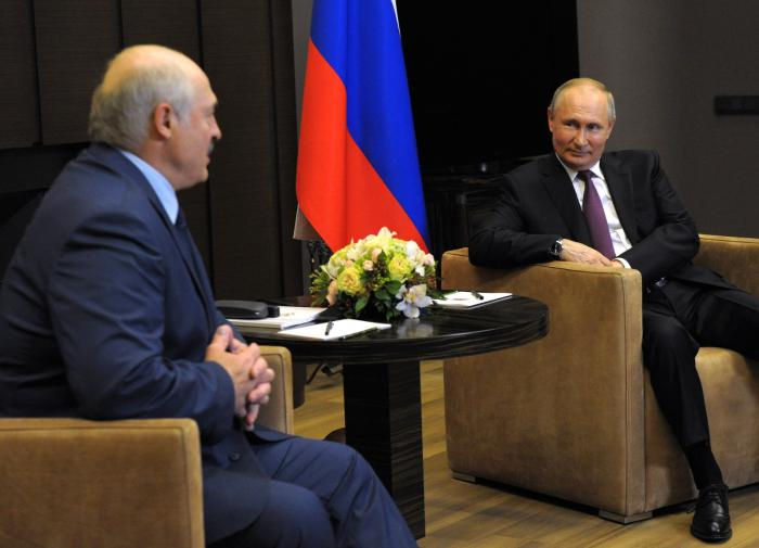 Russia will stand up for Belarus, if Belarus recognises Crimea