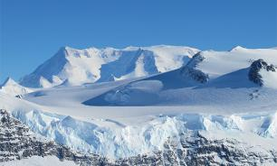 Flying saucer trapped in Antarctica melts