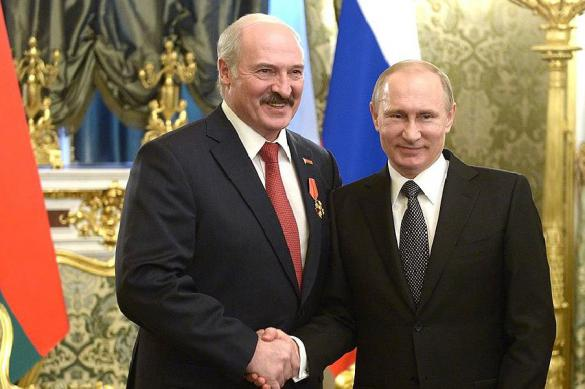 Alexander Lukashenko of Belarus is two-faced 'ally' but Putin wants only one