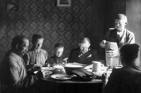 Why economy aspires to dissolve family