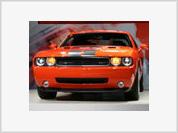 Chrysler gives new life to Challenger SRT8