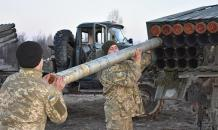 Ukraine prepares for war with Russia, military men say