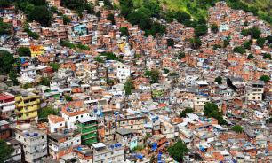 Brazil's Economic Crisis Due to Interest Rates, Not to Social Investment