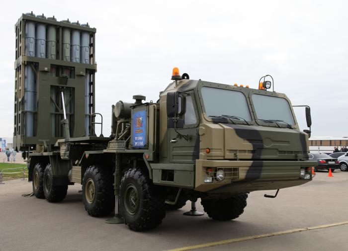 Russia unveils Antey-4000 anti-aircraft system at IDEX 2021 in UAE