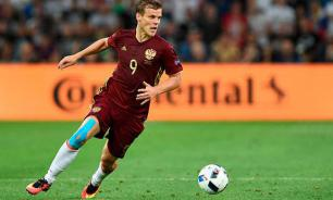 Two footballers to be kicked out of Russian team after € 250K champagne party