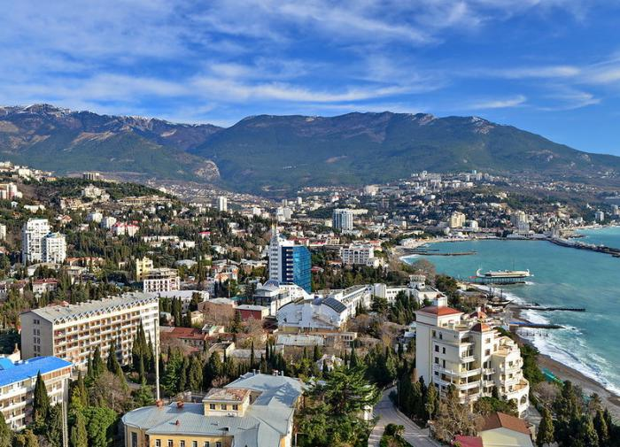 Russia suspends flights over Crimea and Black Sea