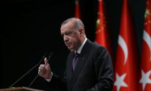 Hundreds of elite servicemen welcome Recep Erdogan in Nagorno Karabakh
