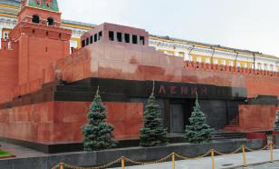 MP suggests replacing Lenin's mummy with rubber figure