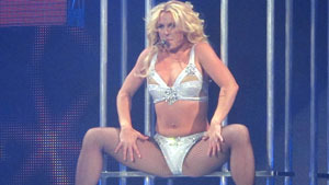 Britney Spears embarks on Femme Fatale Tour