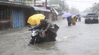 Typhoon Hagupit lashes Philippines