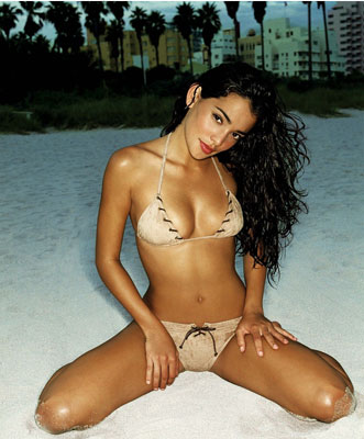 natalie martinez photos nude